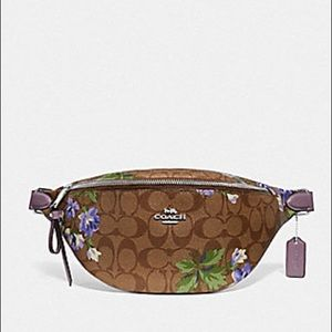 New Coach Signature Lily Print Belt Bag $328